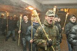 Факельное шествие в Киеве в память командующего УПА Романа Шухевича