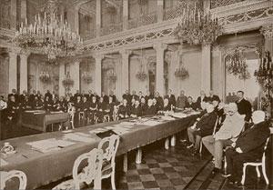Заседание Русского исторического общества в Ново-Михайловском дворце. 1900 год
