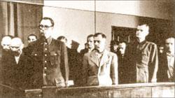 В 1946 году предателей судили. Власова и других изменников Родины приговорили к повешению
