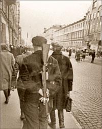На Садовой улице. 1941 год; В. ФЕДОСЕЕВ