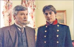 Князь Николай Репнин (Борис Токарев) с сыном Алексом (Александр Волков)