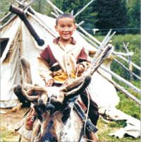 Мальчик верхом на олене. Тувинцы-тоджинцы