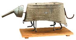 О. и А. Флоренские. Скелет броненосца. Смешанная техника, 2008 год